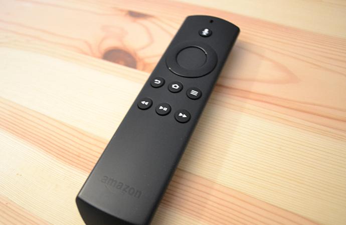 新型Fire TV Stickのリモコン